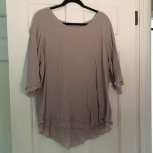 3/4 sleeve taupe multi-layered flowy blouse